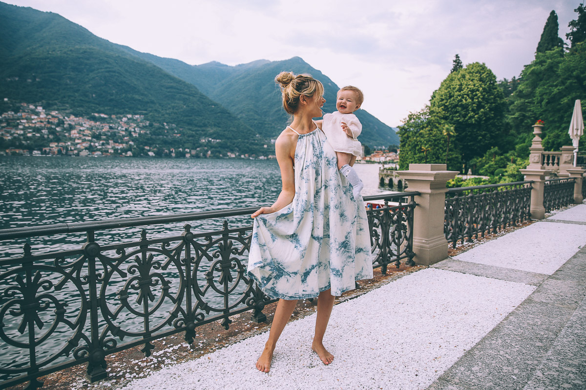 Camping Lake Como >> Lake Como and the Floating Pool - Barefoot Blonde by Amber Fillerup Clark