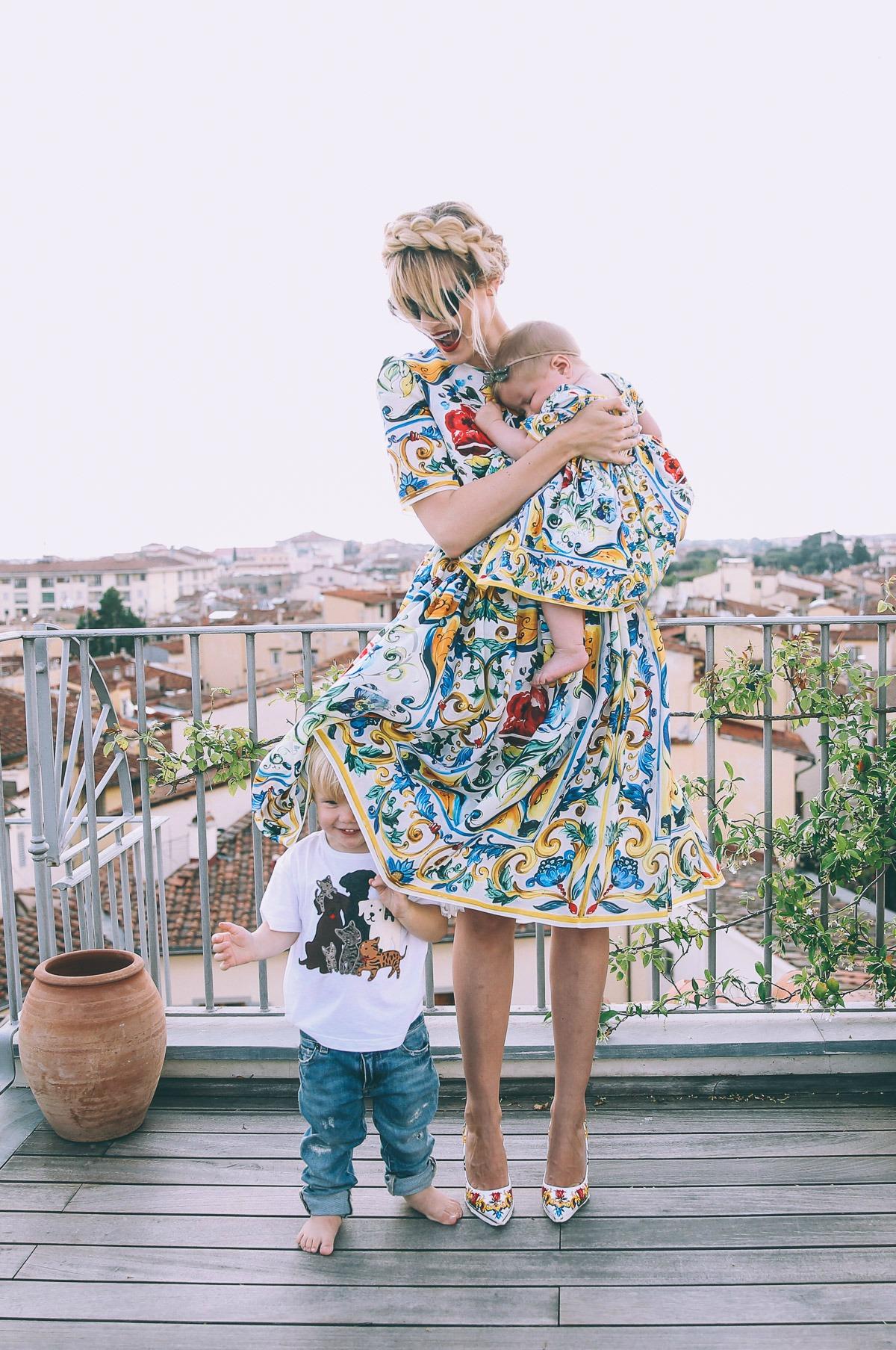 Barefoot Blonde Amber Fillerup Dolce & Gabbana
