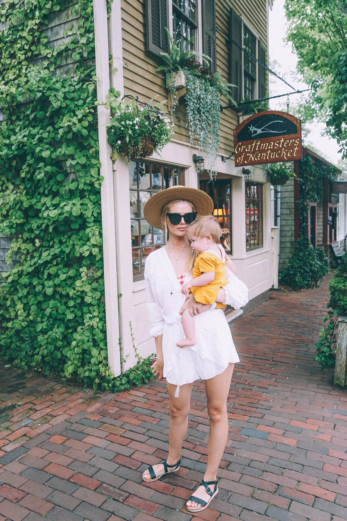 Barefoot Blonde Amber Fillerup in Nantucket