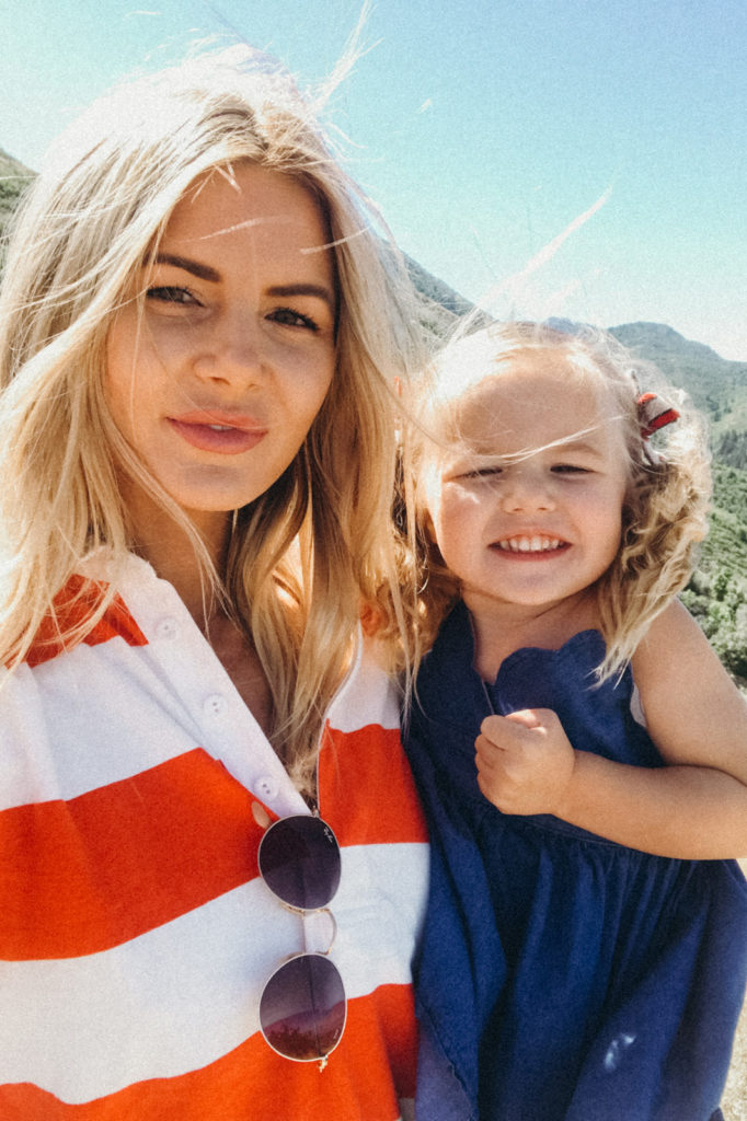 4th of July Recap with Amber and Rosie. Barefoot Blonde.