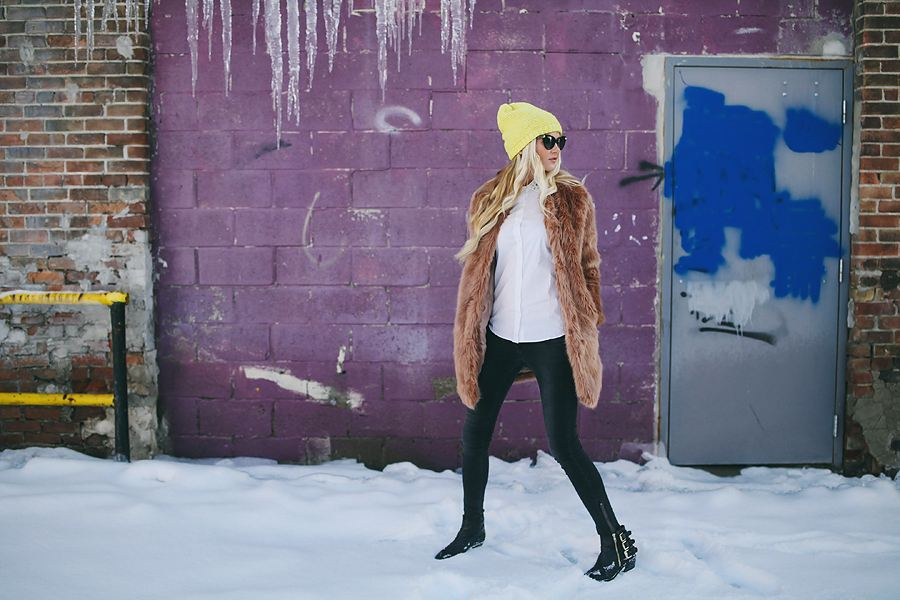 Barefoot Blonde - faux fur + yellow beanie